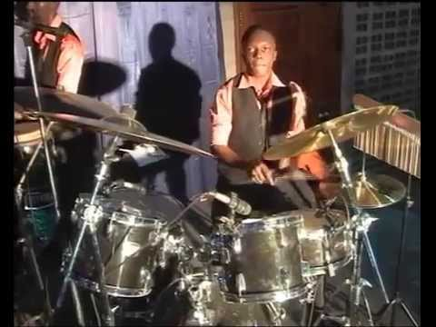 Efatha Mass choir - Wewe ni Mungu mtenda mambo yote