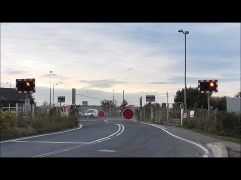 Isle of Grain Level Crossing