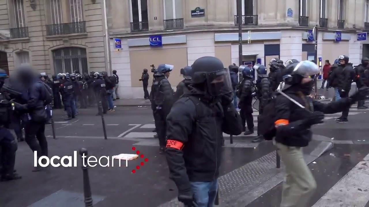 foto de Manifestation des Gilets Jaunes : un policier pris en flag