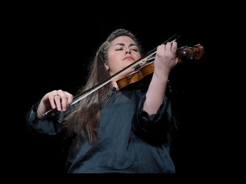 Syrian refugee violinist from Aleppo performs for peace and hope at the 2016 Rescue Dinner