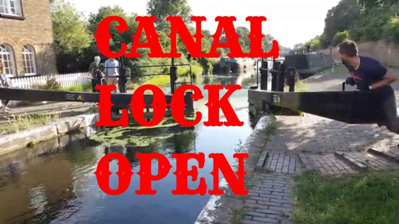 How A Canal Lock Works and how canal boat pass through a lock! Southall London UK