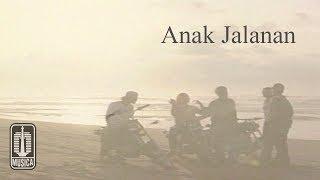 Chrisye - Anak Jalanan (Official Music Video)
