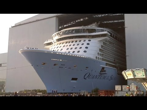 Replay: Float Out of the Quantum of the Seas live at Meyer Werft