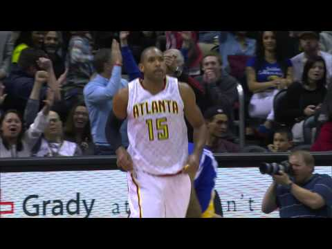 Al Horford Throws Down a Huge Alley-Oop