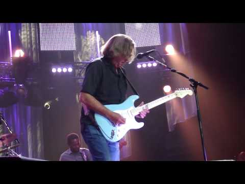230510 ~ Eric Clapton & Steve Winwood @ Sportpaleis Antwerp (Part 2 - 'Presence of the lord')