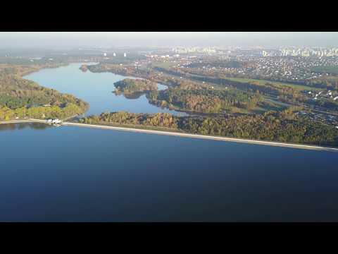 Плотина на Минском море с высоты