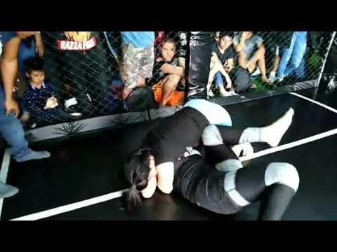 Yuneisy Duben  vs Jacky Iparraguirre (Semi Final: Novelez Absoluto Mujeres)
