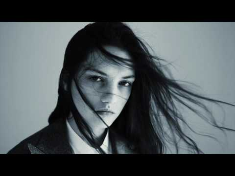 AMICA New Face agosto Margaux Lenot
