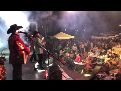 Baile completo NASHVILLE,TN - Polo Urias y La Maquina Nortena