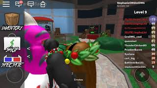 """I play Roblox for the fist time on yt """"sorry snorting is in the back"""