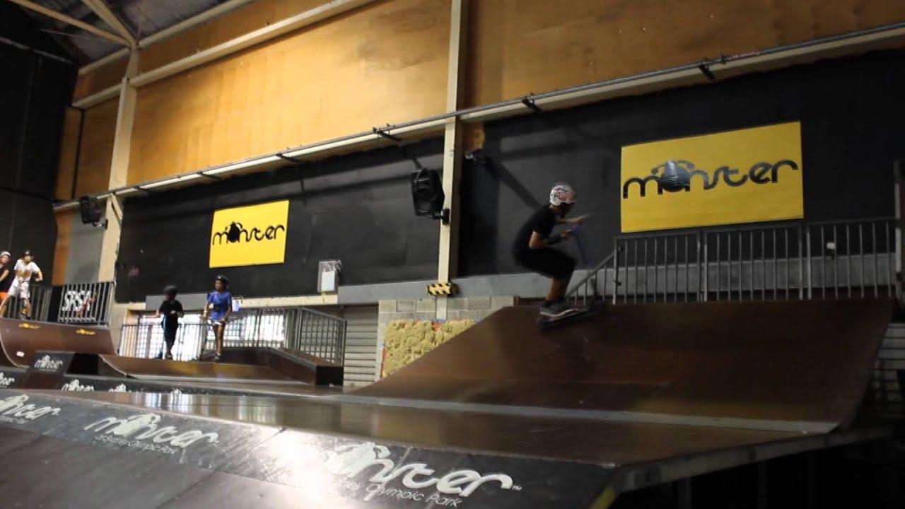 Mael Samat 2014 Monster Skatepark Trip