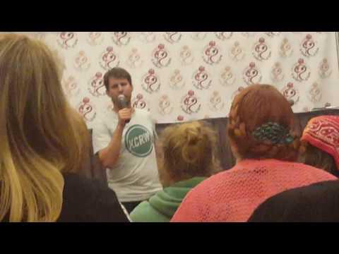Noah asks Napoleon A Question feat. Jon Heder
