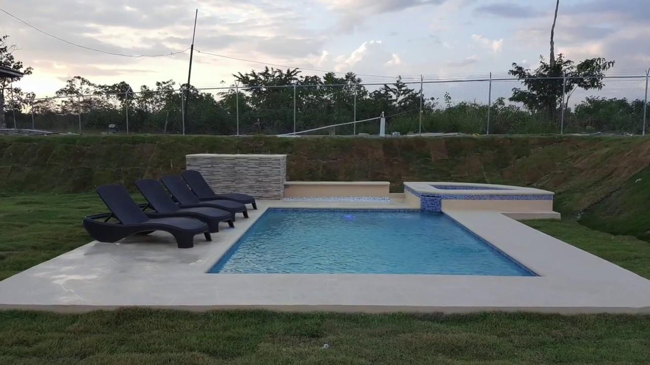 Construcci n de piscina 4x6 metros con jacuzzi para 4 for Piscina de 7 metros