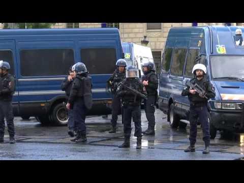 Notre-Dame: Angriff mit Hammer auf Polizisten in Paris