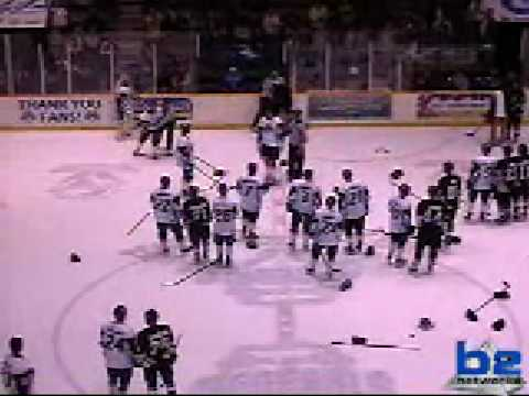 Flint/Muskegon fights after first period