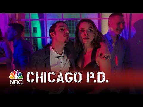 Chicago PD - Crashing The Party (Episode Highlight)
