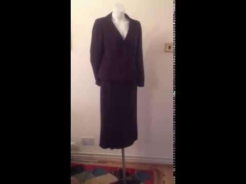 PRÉCIS PETITE LADIES  Skirt Suit Size 12 - SOLD