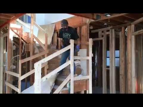 how-to-remove-drywall-on-walls-during-demolition-filmed-in-2x