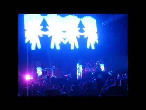 Halsey Colors Live Calgary November 29,2015
