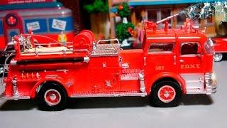 Пожарная машина и Полицейская машина Истории Машинок в Городе - Развивающие видео для детей