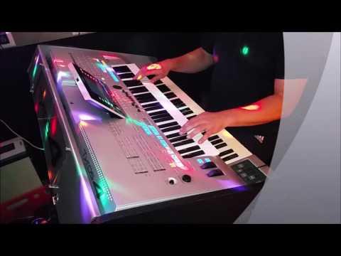 "Stefan Remmler Instrumental Cover ""Vogel der Nacht"" live am Tyros 4"