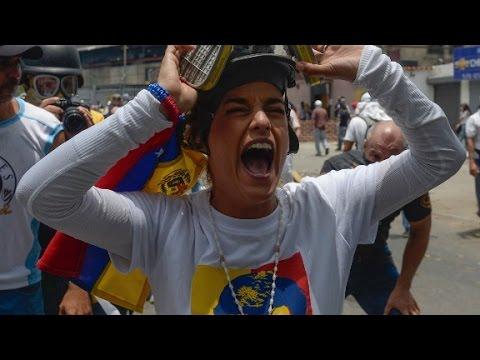 Amanpour speaks with Venezuela