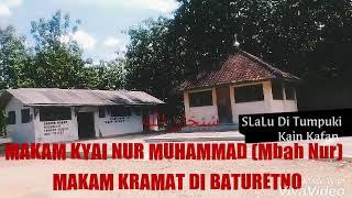 Makam Kramat di Baturetno _Tumpukan Kain Kafan