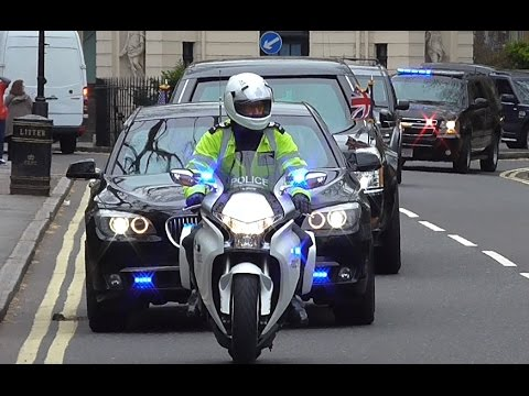 President Barack Obama in London (2016) - Motorcade escorts and Aircraft