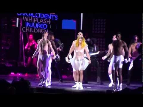 [10/31*] Lady Gaga - Boys, Boys, Boys (live) @ The Monster Ball, Madison Square Garden, NYC, 2/21/11