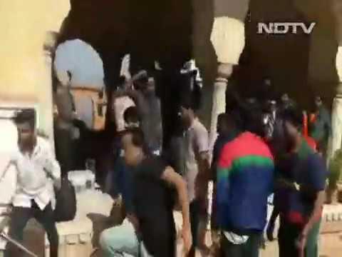 Sanjay Leela Bhansali Slapped on Padmavati Sets in Jaipur