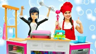Маринетт и Адриан готовят - куклы Леди Баг. Идеи для кукол - Мультики для девочек