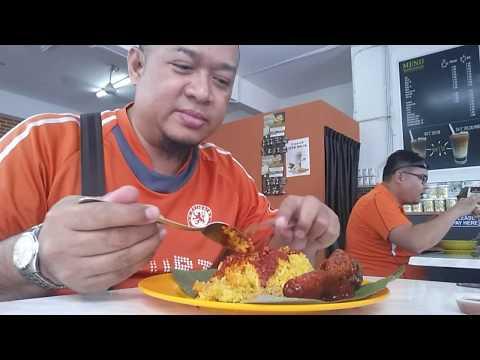 Food Taste : Nasi Kuning Banjar (ayam)