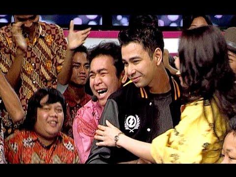 Raffi Ahmad melepas kangen dengan seluruh Host Dahsyat