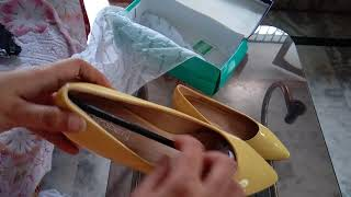 Unboxing Dress Berry Shoes from Myntra.