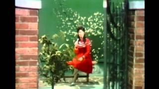 "Loretta Lynn - ""Standing Room Only"""
