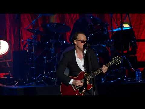 Joe Bonamassa & Bernie Marsden - Breaking Up Someone's Home - Brighton 17/3/18