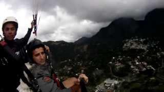 parapente suicida CSCVL- rj 17 08 2013 LEIA ABAIXO OUTROS VIDEOS !