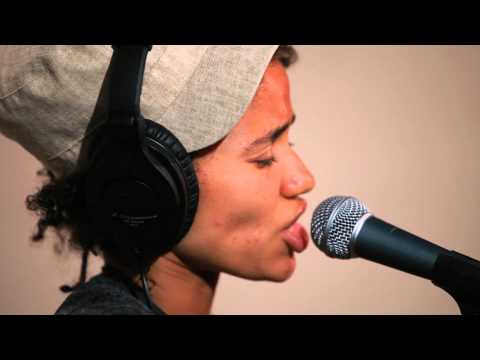 Nneka - Heartbeat (Live on KEXP)