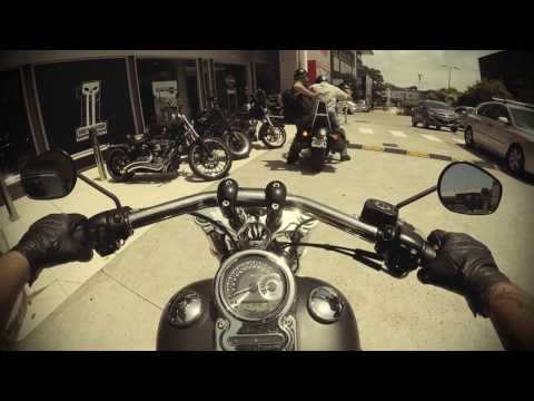 Picking up a Harley Davidson Breakout with a Street Bob and a Fat Bob