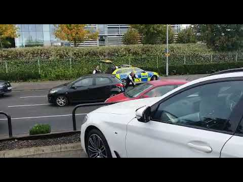 uk-armed-response-to-teenage-knife-point-muggers-escaping-in-an-audi