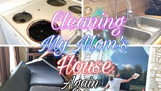 Real Life Cleaning Motivation | Actual Mess House Cleaning | Speed Cleaning My Mom's House