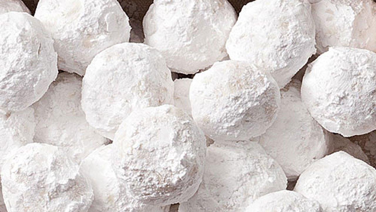 Almond Snowballs Christmas Cookies