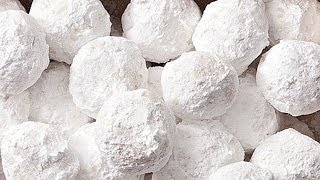 Almond Snowballs | Christmas Cookies