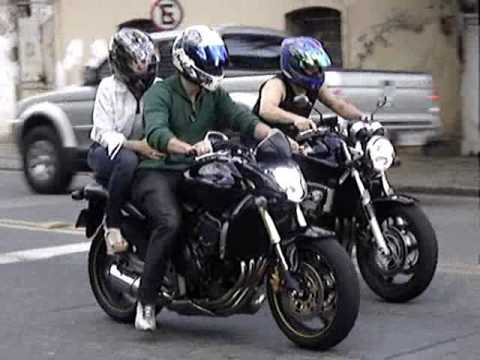 bikers 18 honda cb 600 f hornet sound and acceleration. Black Bedroom Furniture Sets. Home Design Ideas