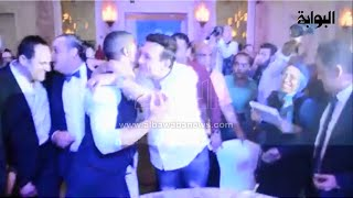 """حضن محبة بين """"رفاعي الدسوقي"""" و""""عصام النمر"""" في حفل افتتاح مسرحية """"أهلاً رمضان"""""""