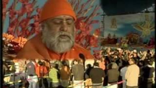 Hans Raj Hans with Shri Kumar Swami Ji