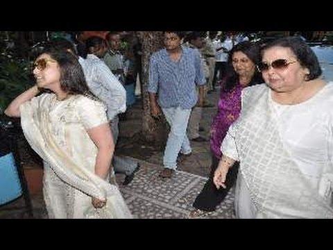 Rani Mukherjee SPOTTED...
