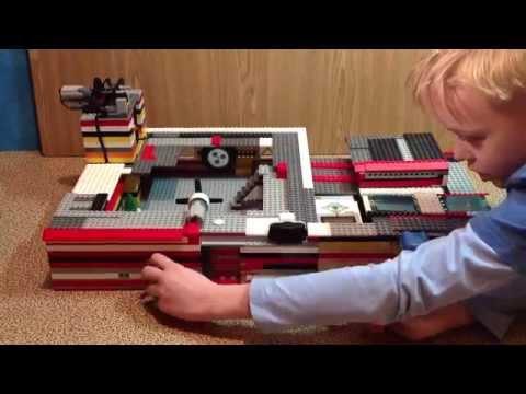 Lego дом с механизмами