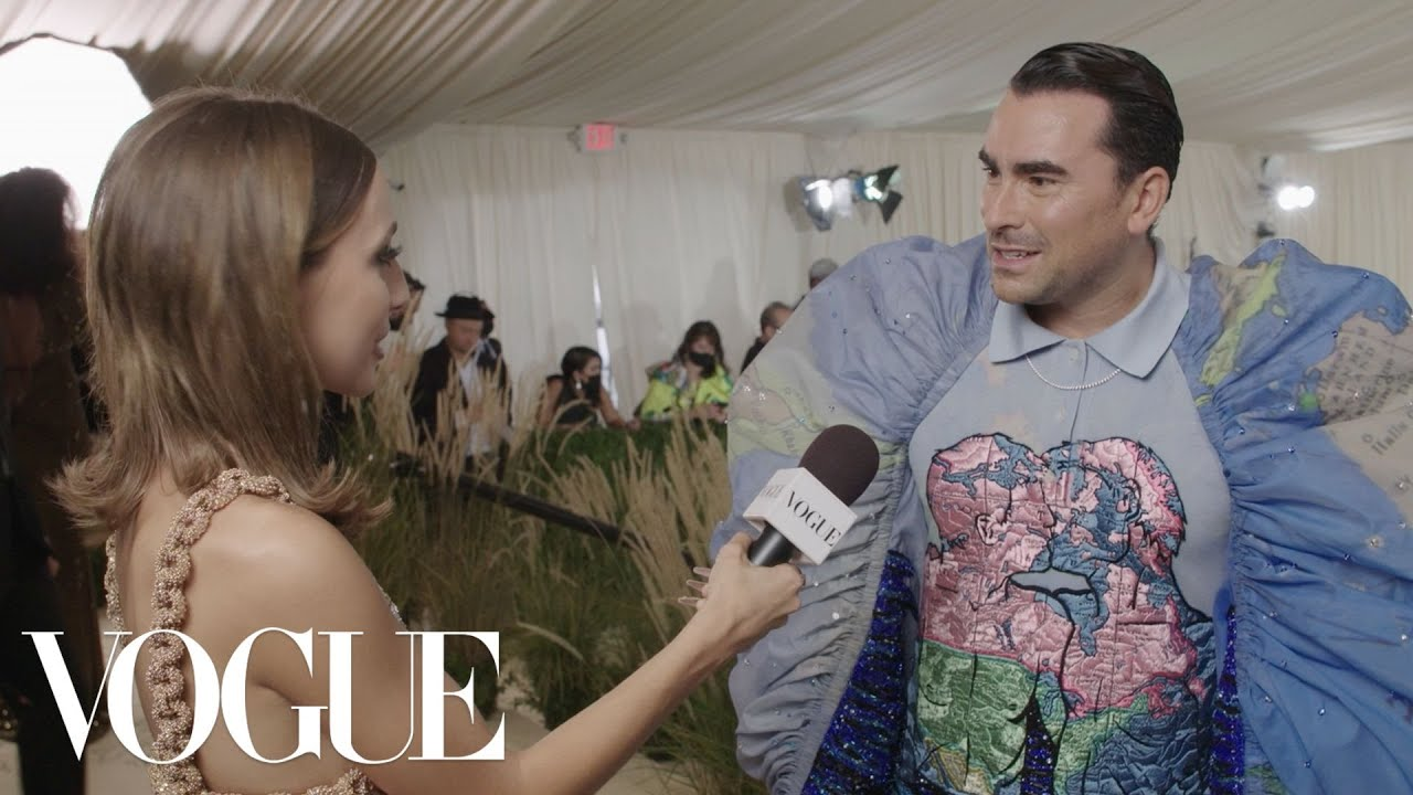 Dan Levy Gets Wedding Vibes From The Met Gala | Met Gala 2021 With Emma Chamberlain | Vogue
