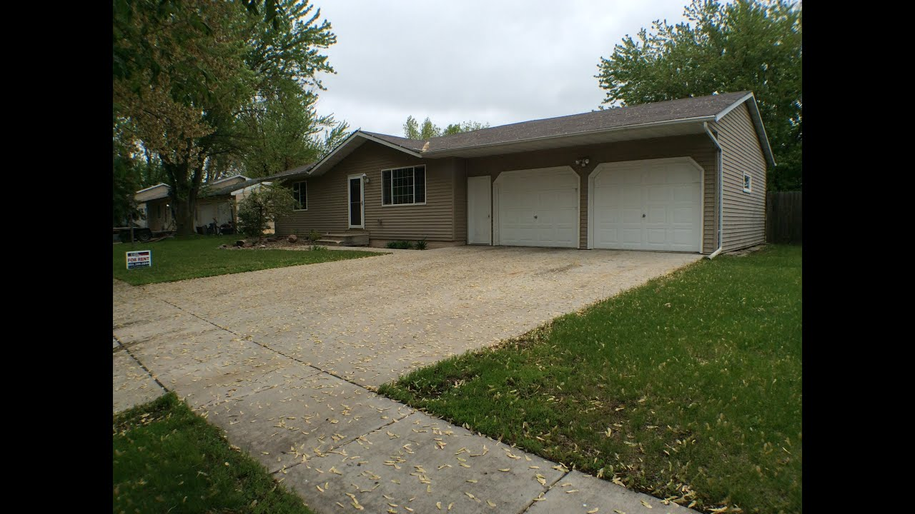 Sioux falls property management 920 nicholas avenue for Home builders in sioux falls sd